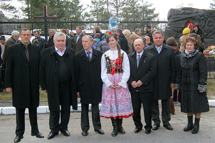 Delegacja Związku Polaków Ukrainy z organizatorami wiecu-requiem